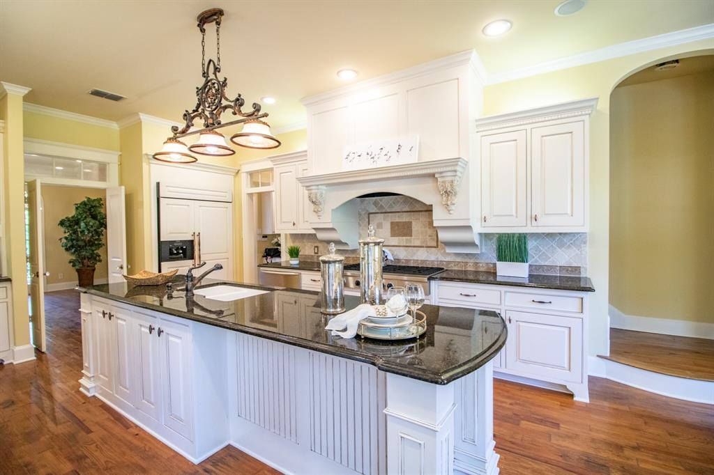 902 South  Street, Lindale, Texas 75771 - acquisto real estaet best boutique real estate firm in texas for high net worth sellers