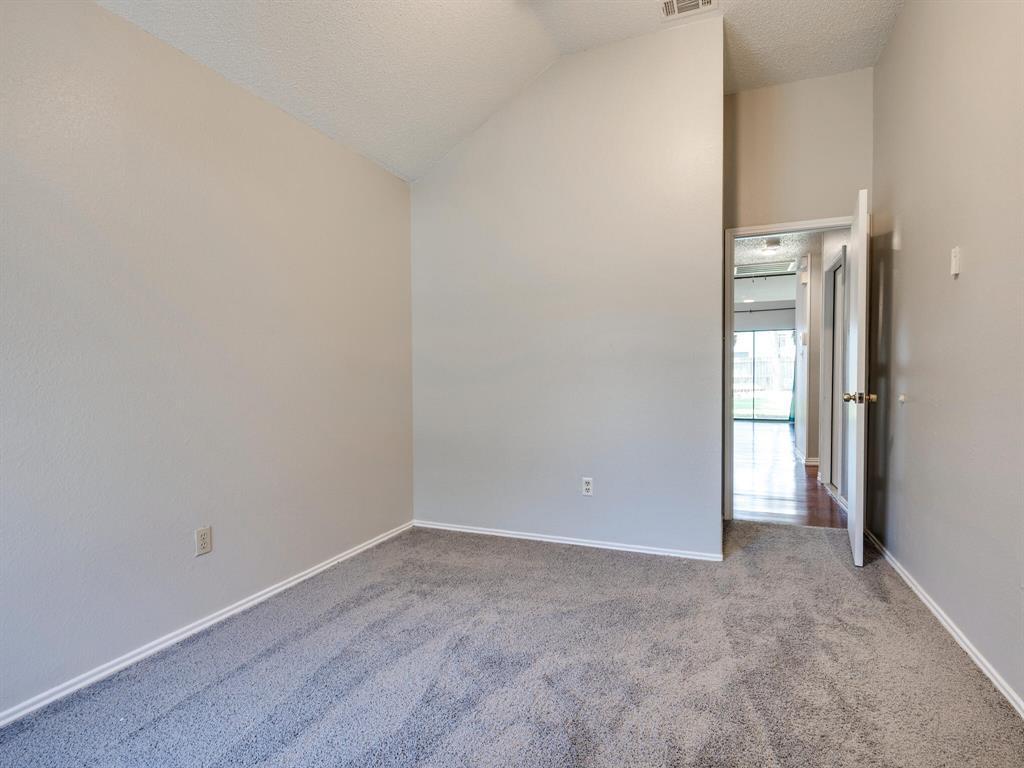 210 Mahogany  Drive, Arlington, Texas 76018 - acquisto real estate best realtor westlake susan cancemi kind realtor of the year