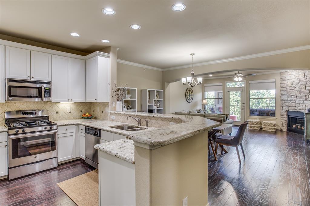 500 Waters Edge  Drive, Lake Dallas, Texas 75065 - acquisto real estate best the colony realtor linda miller the bridges real estate