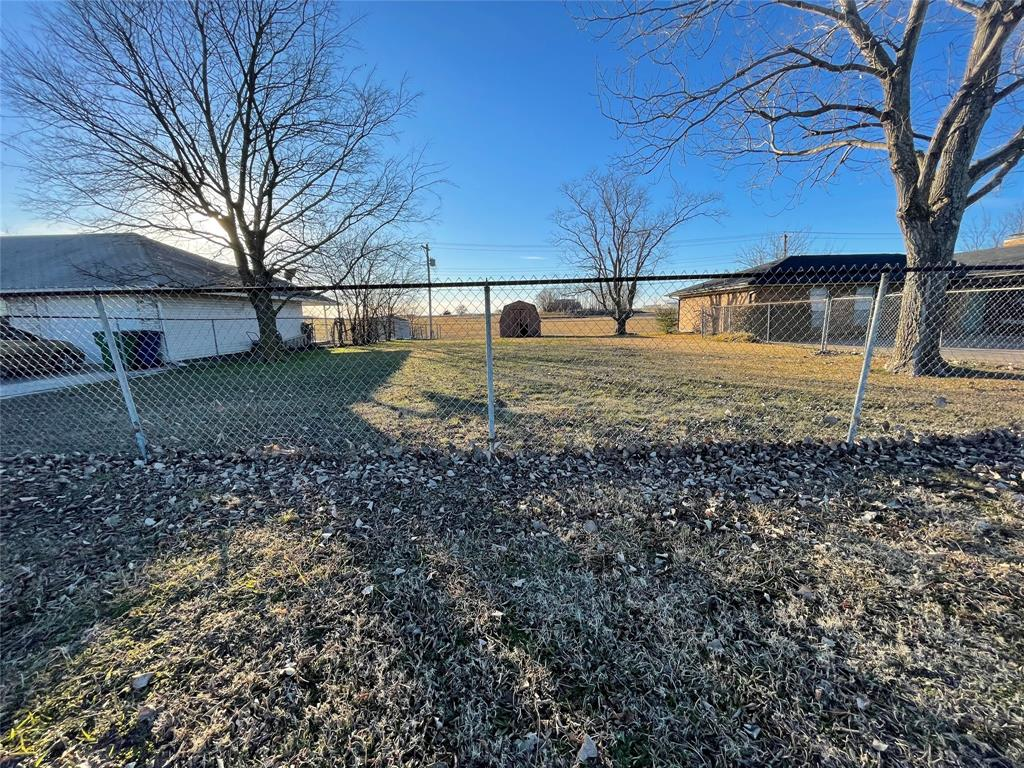 6704 Sayle  Street, Greenville, Texas 75402 - Acquisto Real Estate best plano realtor mike Shepherd home owners association expert