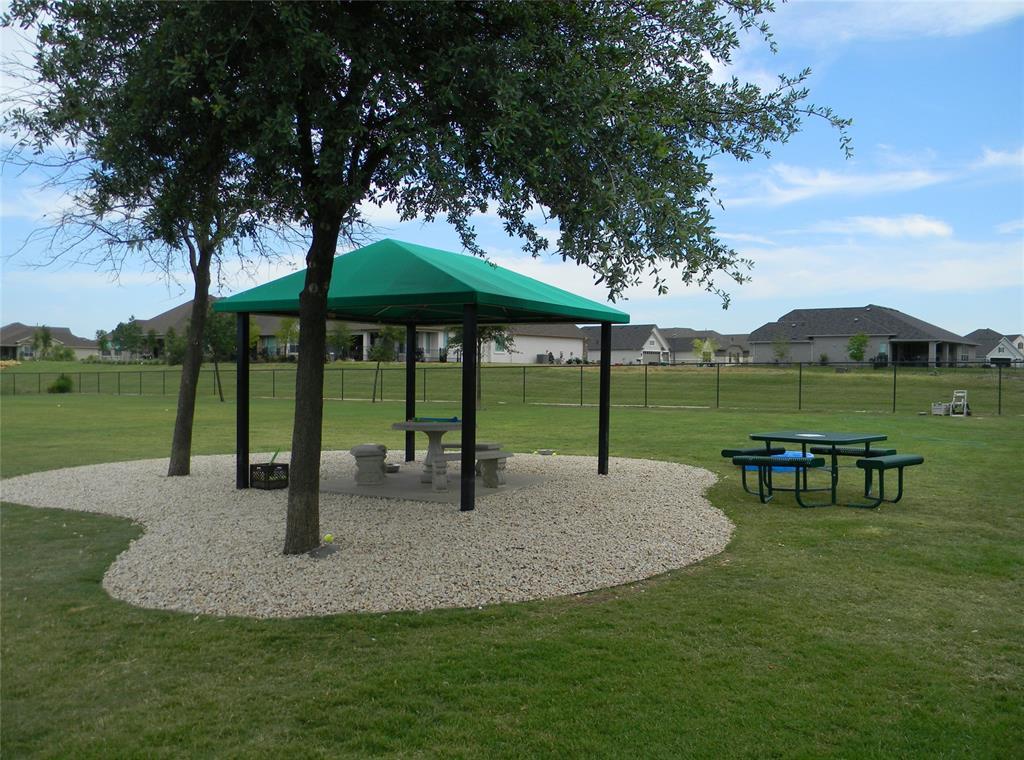 8917 Crestview  Drive, Denton, Texas 76207 - acquisto real estate mvp award real estate logan lawrence