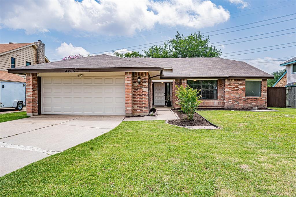 4205 Whitman  Lane, Grand Prairie, Texas 75052 - Acquisto Real Estate best plano realtor mike Shepherd home owners association expert
