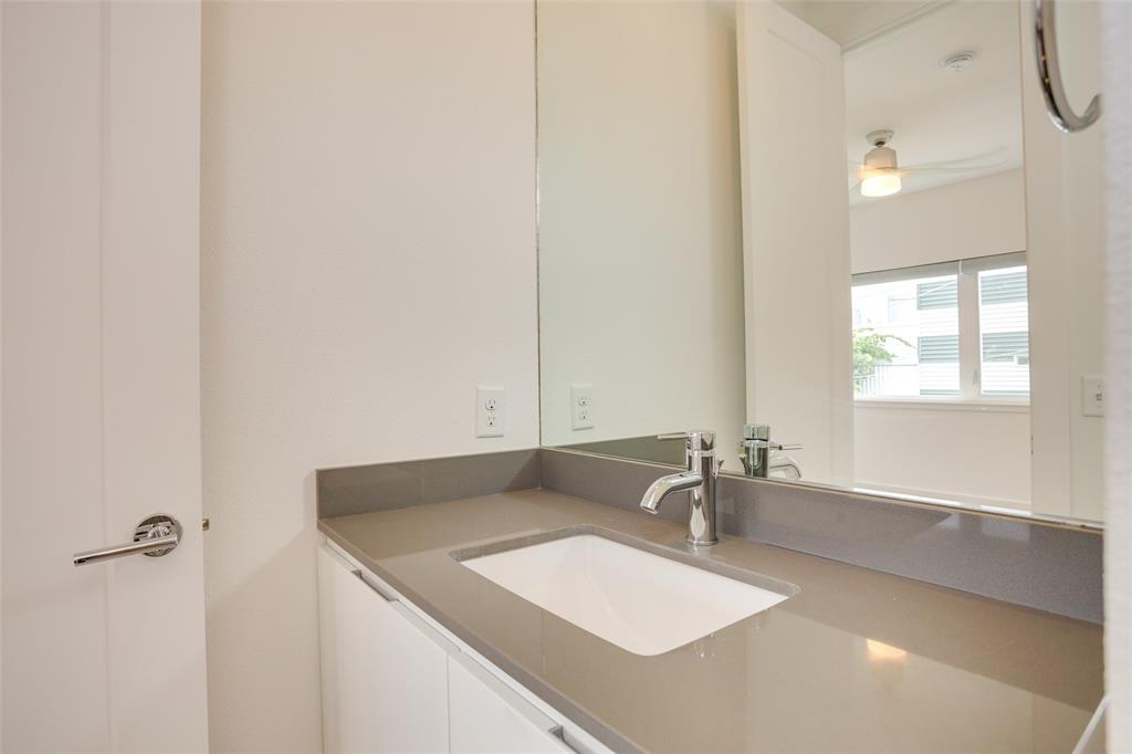 1205 Hyde  Court, Dallas, Texas 75215 - acquisto real estate best looking realtor in america shana acquisto
