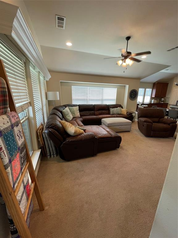 4604 Oakview  Drive, Mansfield, Texas 76063 - acquisto real estate best celina realtor logan lawrence best dressed realtor