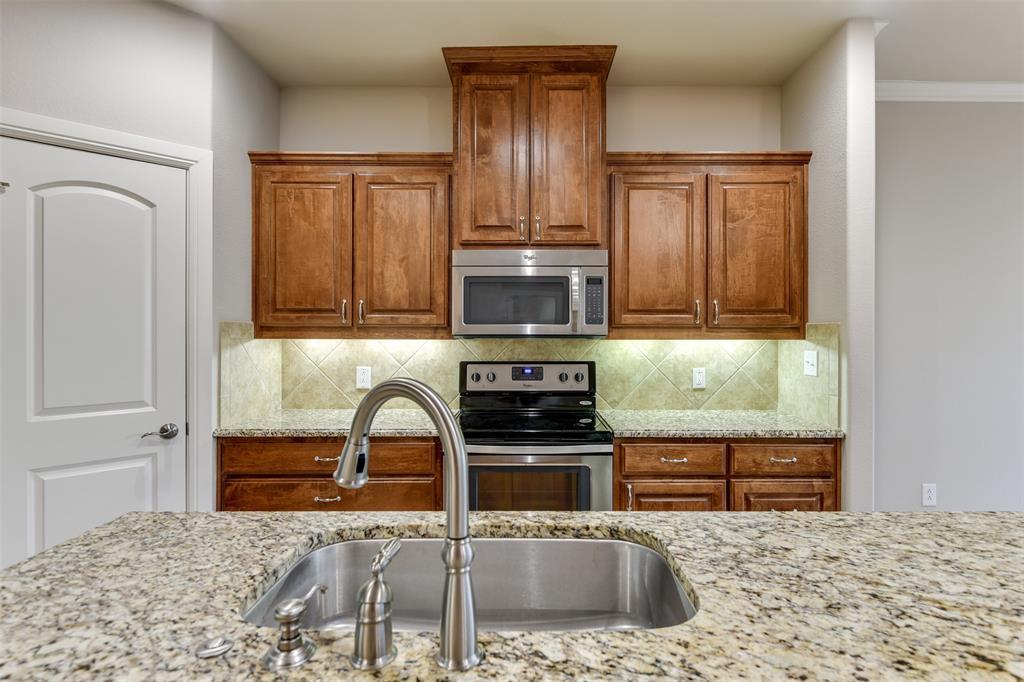 104 Terra Verde  Court, Waxahachie, Texas 75165 - acquisto real estate best style realtor kim miller best real estate reviews dfw