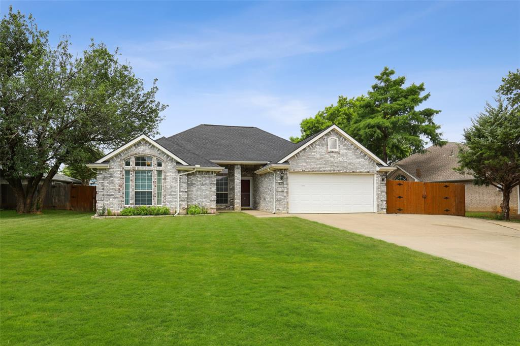 525 Addison  Street, Lake Dallas, Texas 75065 - Acquisto Real Estate best plano realtor mike Shepherd home owners association expert