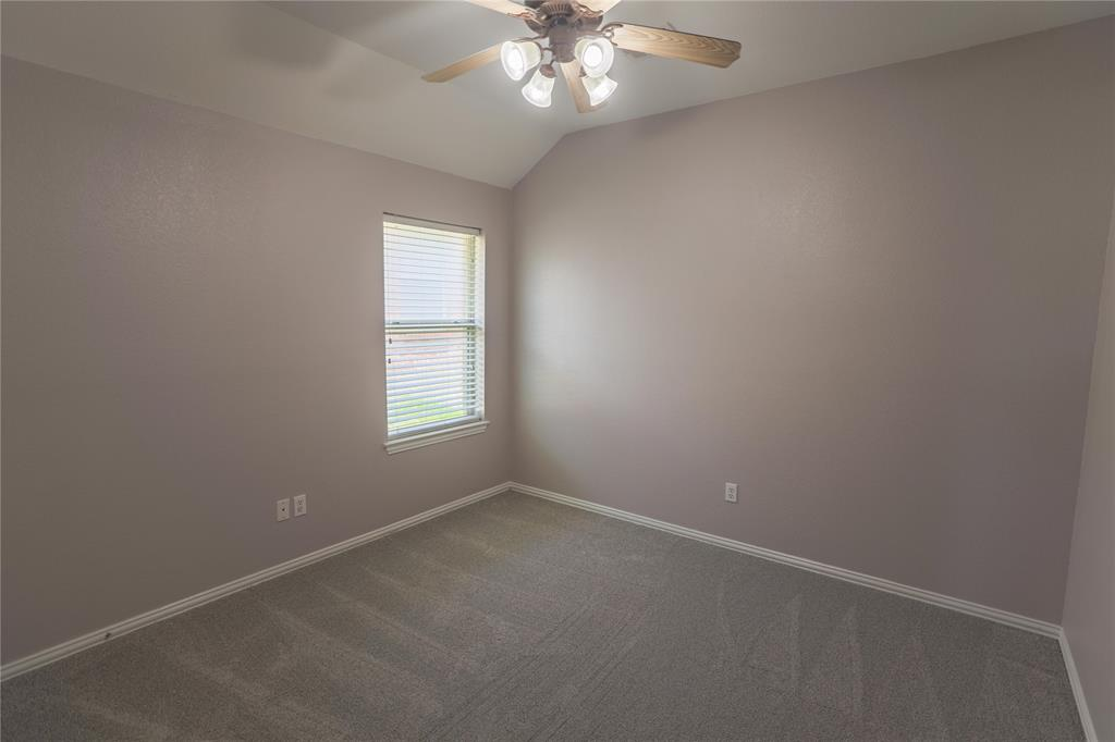 8104 Toltec  Court, Arlington, Texas 76002 - acquisto real estate best realtor westlake susan cancemi kind realtor of the year