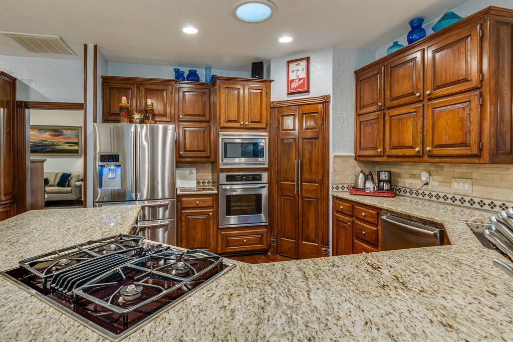 1422 Sweetgum  Circle, Keller, Texas 76248 - acquisto real estate best style realtor kim miller best real estate reviews dfw