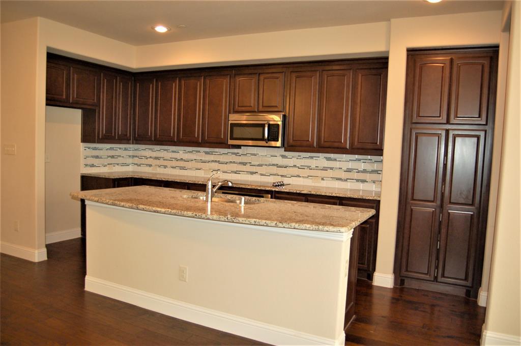 4409 Fisk  Lane, Carrollton, Texas 75010 - acquisto real estate best prosper realtor susan cancemi windfarms realtor