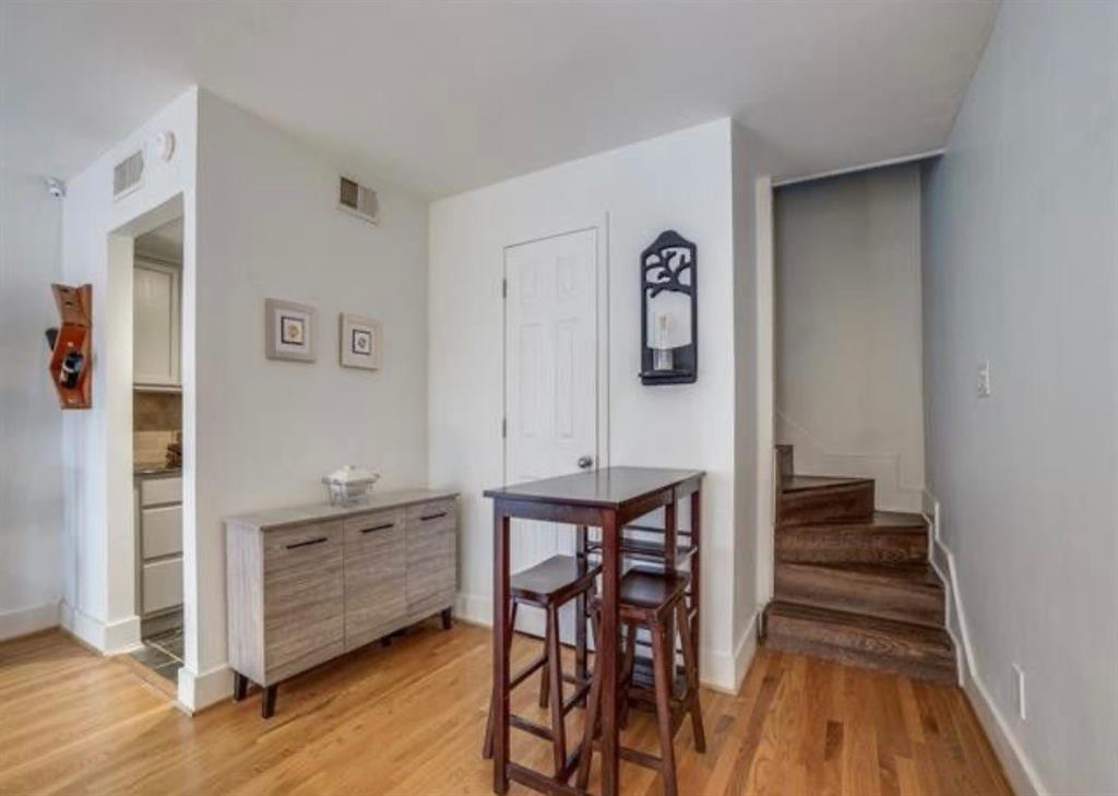 2725 Hood  Street, Dallas, Texas 75219 - acquisto real estate best the colony realtor linda miller the bridges real estate