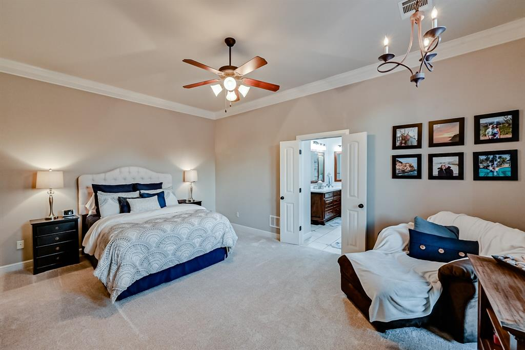 1040 Falcon Creek  Drive, Kennedale, Texas 76060 - acquisto real estaet best boutique real estate firm in texas for high net worth sellers