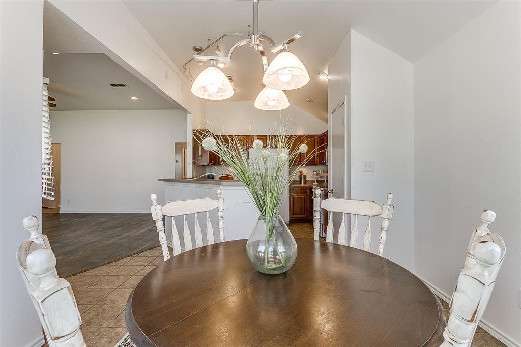 203 Seminole  Trail, Alvarado, Texas 76009 - acquisto real estate best listing photos hannah ewing mckinney real estate expert