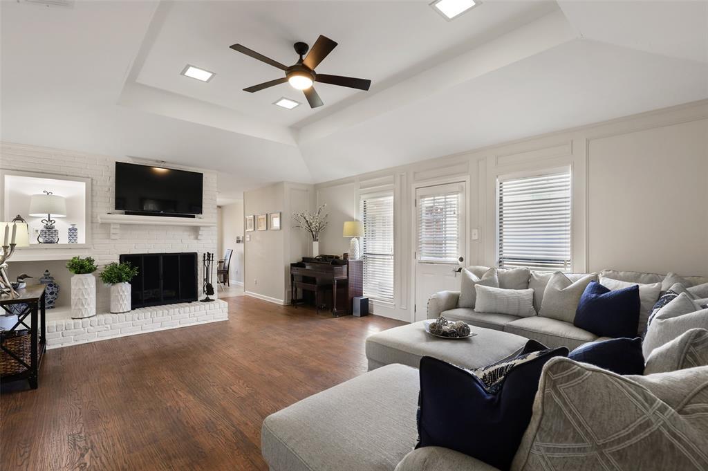 6304 Telluride  Lane, Dallas, Texas 75252 - acquisto real estate best the colony realtor linda miller the bridges real estate