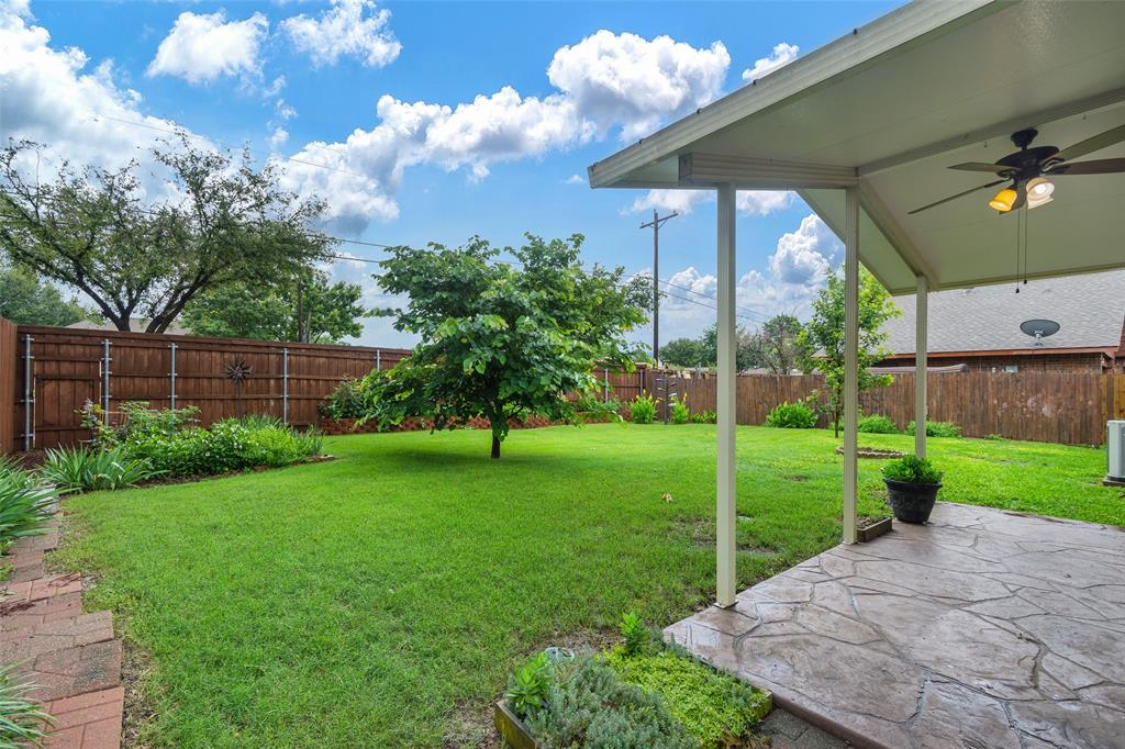 1102 Heiden  Court, Flower Mound, Texas 75028 - acquisto real estate best frisco real estate broker in texas for high net worth buyers