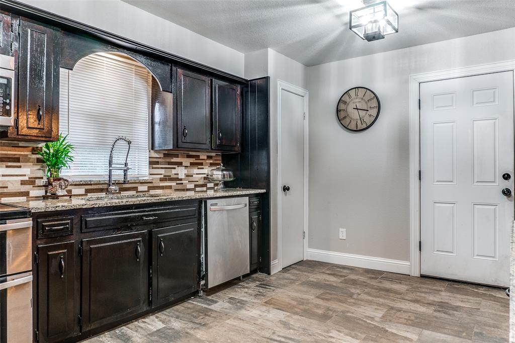 115 Allen  Street, Kaufman, Texas 75142 - acquisto real estate best new home sales realtor linda miller executor real estate