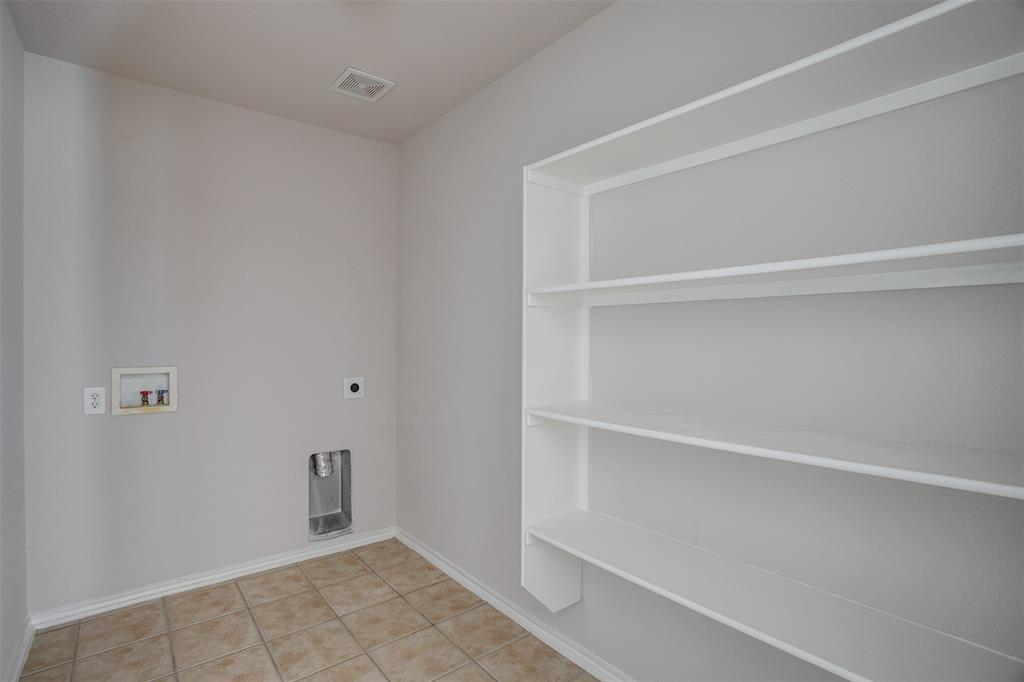 1145 Maplewood  Lane, Crowley, Texas 76036 - acquisto real estate best realtor dfw jody daley liberty high school realtor