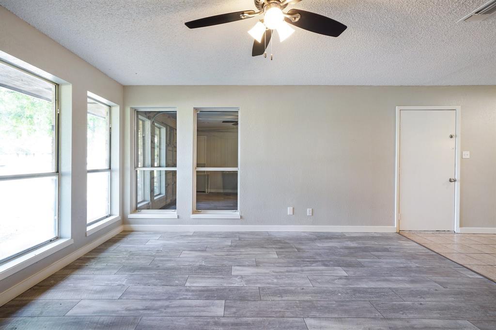 1512 Thomas  Lane, Graham, Texas 76450 - acquisto real estate best listing agent in the nation shana acquisto estate realtor