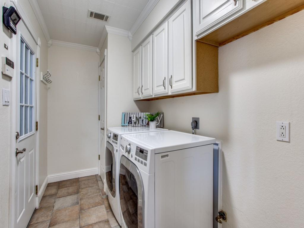 2412 Primrose  Drive, Richardson, Texas 75082 - acquisto real estate best realtor foreclosure real estate mike shepeherd walnut grove realtor