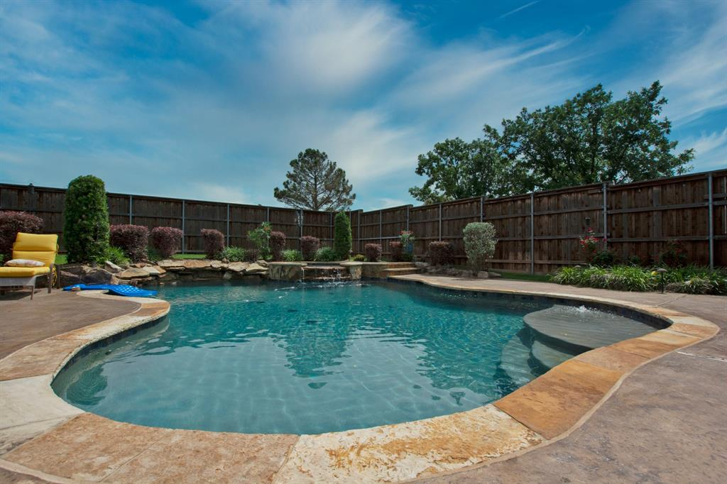 1701 Hill Creek  Drive, Garland, Texas 75043 - acquisto real estate best flower mound realtor jody daley lake highalands agent of the year
