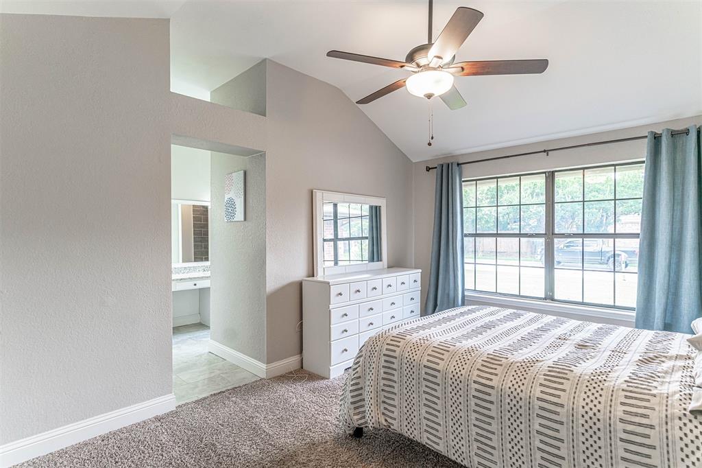 4205 Whitman  Lane, Grand Prairie, Texas 75052 - acquisto real estate best realtor foreclosure real estate mike shepeherd walnut grove realtor