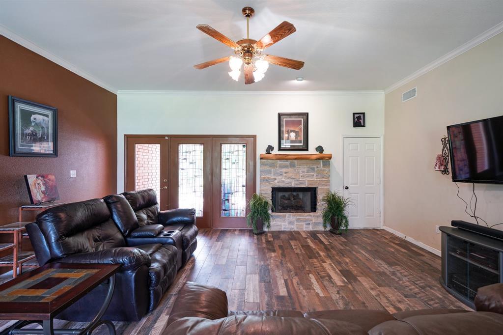 201 Chaparral  Drive, Granbury, Texas 76049 - acquisto real estate best prosper realtor susan cancemi windfarms realtor