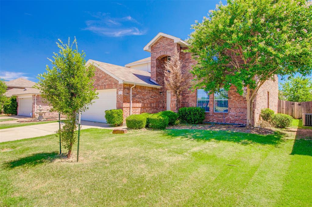 1145 Maplewood  Lane, Crowley, Texas 76036 - acquisto real estate best allen realtor kim miller hunters creek expert