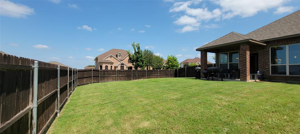 201 Brentwood  Drive, DeSoto, Texas 75115 - acquisto real estate mvp award real estate logan lawrence