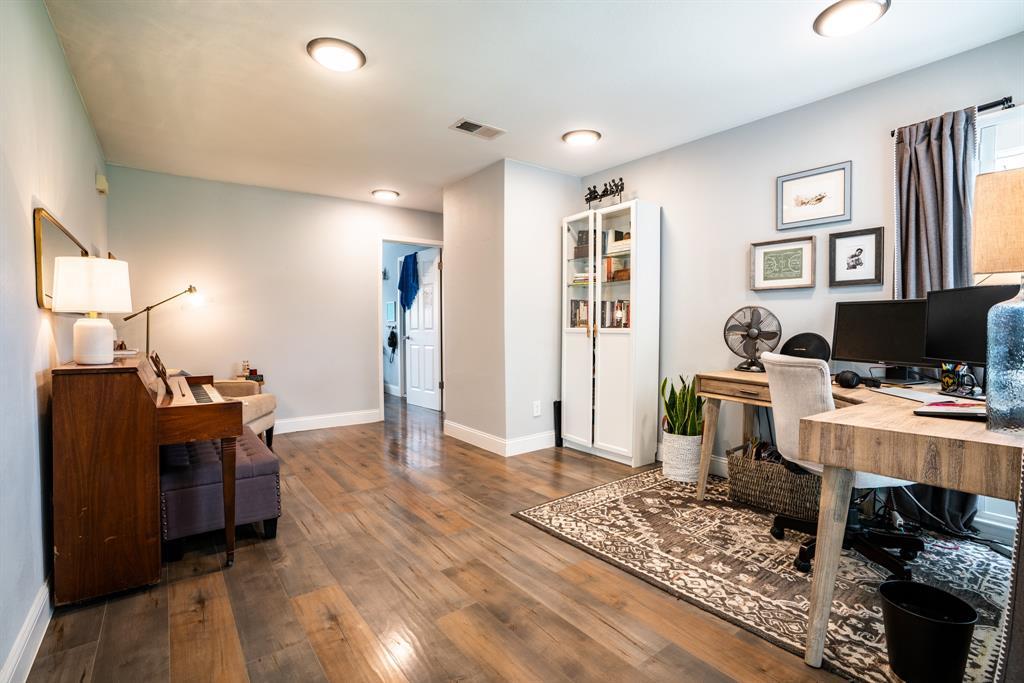 3720 Grasmere  Drive, Carrollton, Texas 75007 - acquisto real estate best designer and realtor hannah ewing kind realtor