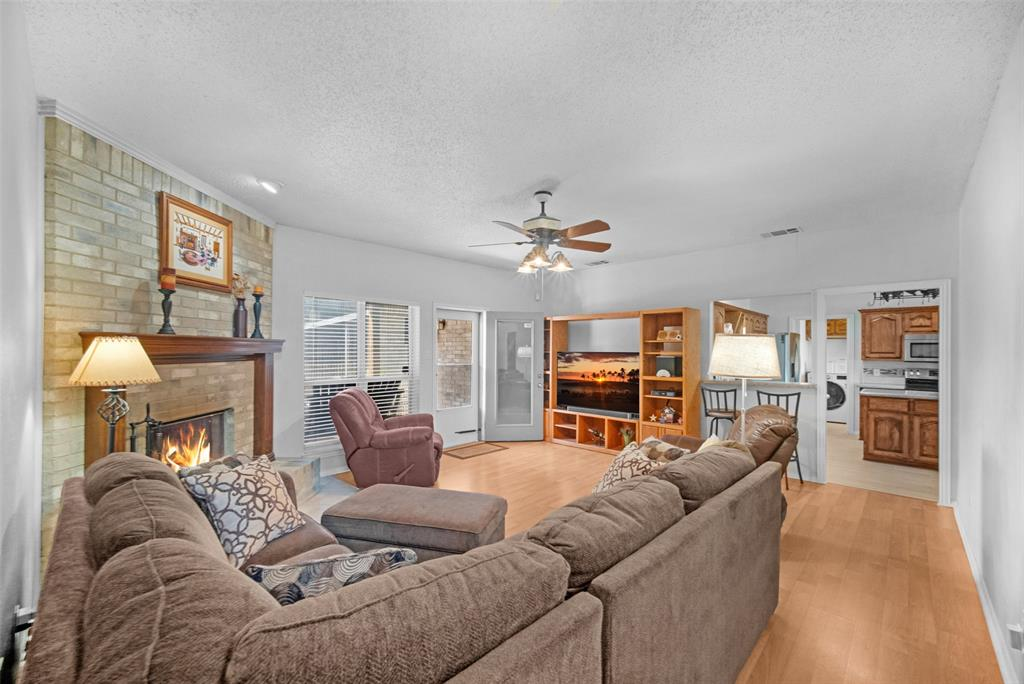 7914 Wayne  Place, Rowlett, Texas 75088 - acquisto real estate best the colony realtor linda miller the bridges real estate