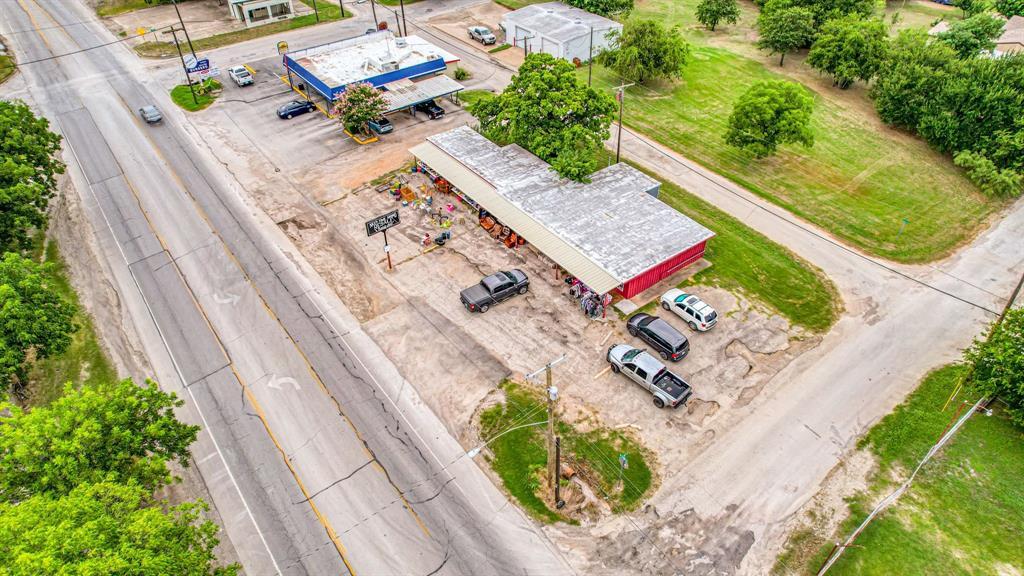 1500 Oak  Mineral Wells, Texas 76067 - acquisto real estate best highland park realtor amy gasperini fast real estate service