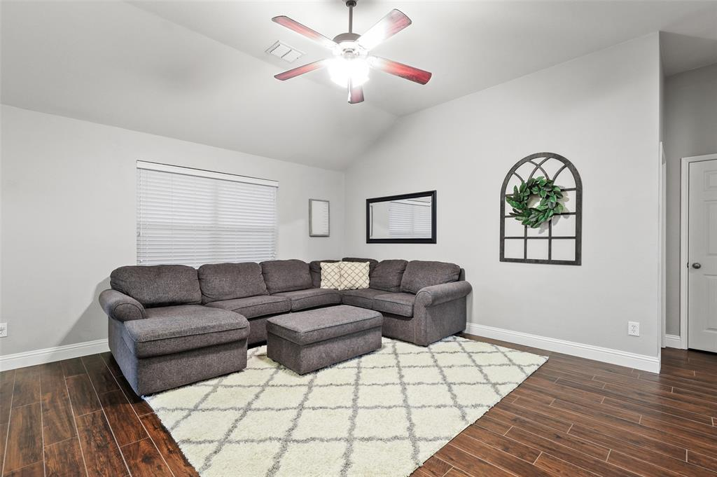 1432 Castlegar  Lane, Fort Worth, Texas 76247 - acquisto real estate best celina realtor logan lawrence best dressed realtor