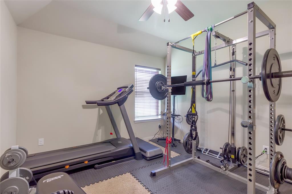 729 Sendero  Drive, Arlington, Texas 76002 - acquisto real estate best realtor dfw jody daley liberty high school realtor