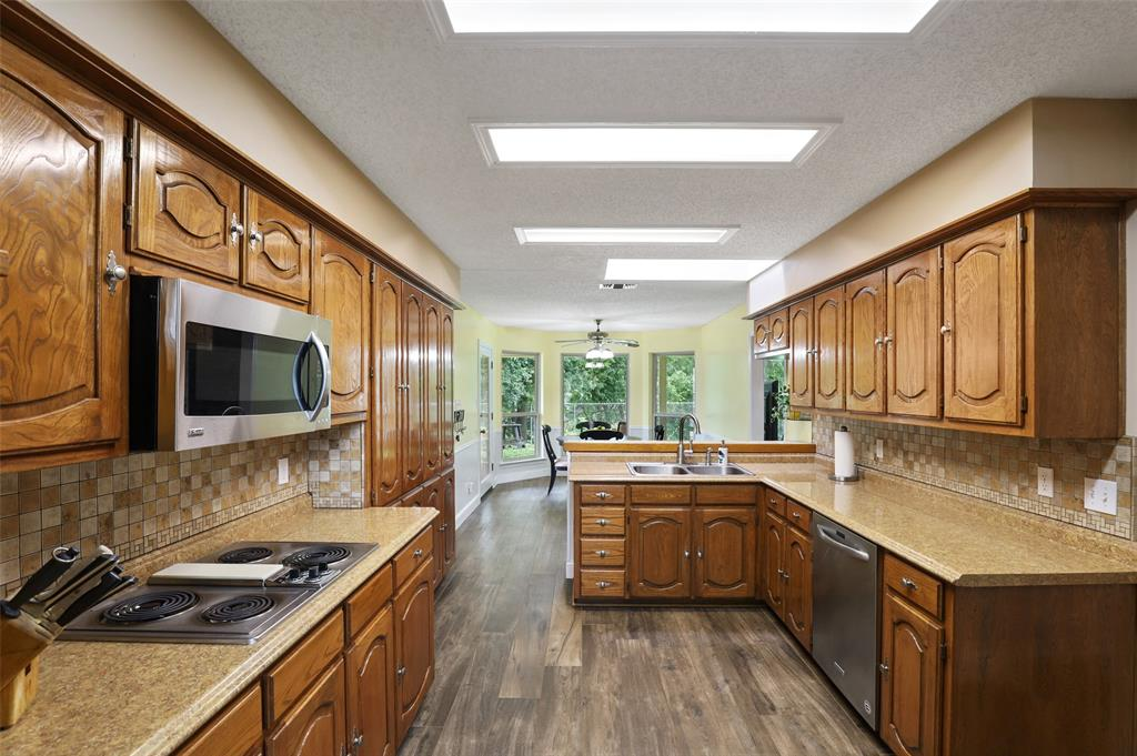602 Duvall  Boulevard, Highland Village, Texas 75077 - acquisto real estate best real estate company to work for