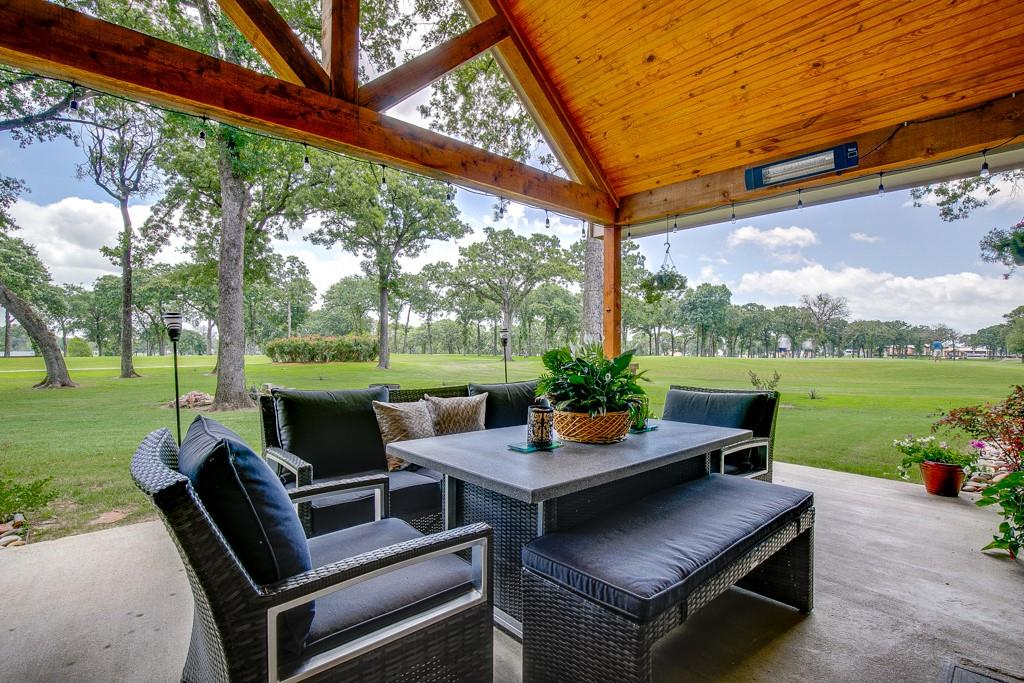 18128 Briarwood  Drive, Kemp, Texas 75143 - acquisto real estate best realtor dallas texas linda miller agent for cultural buyers