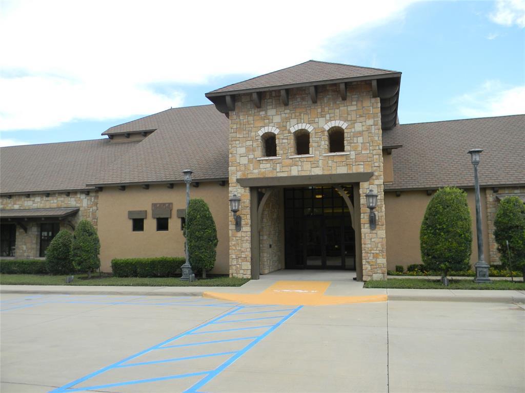 8917 Crestview  Drive, Denton, Texas 76207 - acquisto real estate best looking realtor in america shana acquisto