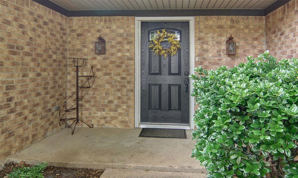 305 Flaxseed  Lane, Fort Worth, Texas 76108 - acquisto real estate best the colony realtor linda miller the bridges real estate