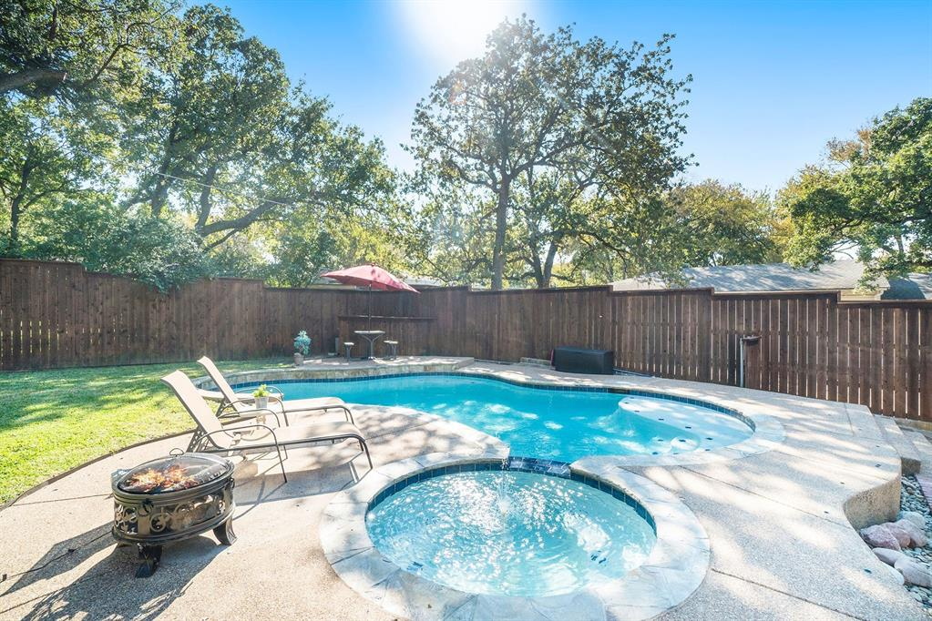 1608 Donna  Lane, Bedford, Texas 76022 - acquisto real estate best realtor westlake susan cancemi kind realtor of the year