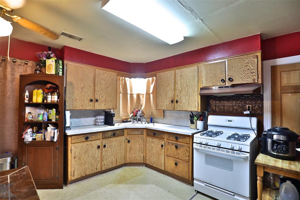 813 Orient  Street, Stamford, Texas 79553 - Acquisto Real Estate best mckinney realtor hannah ewing stonebridge ranch expert