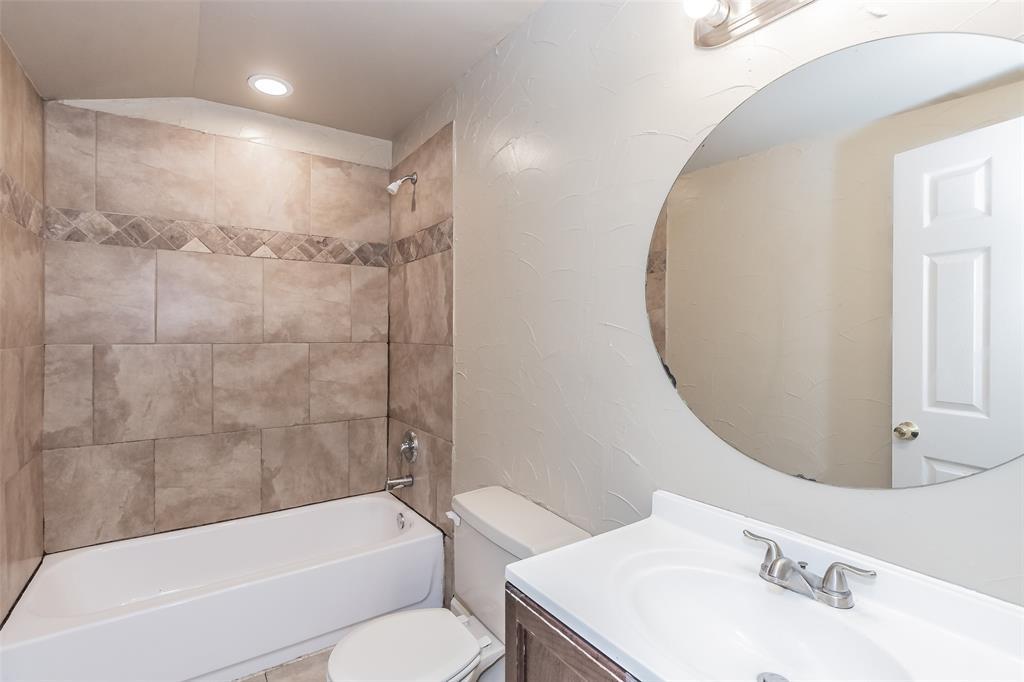 3111 Pecan  Street, Fort Worth, Texas 76106 - acquisto real estate best celina realtor logan lawrence best dressed realtor