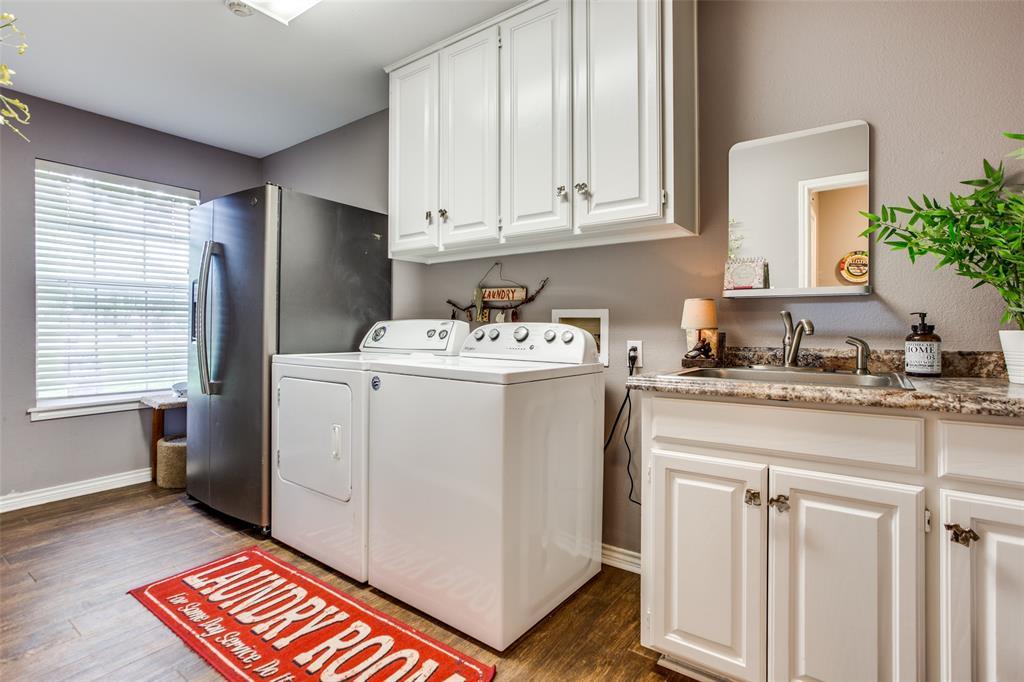 204 Laurel Creek  Drive, Sherman, Texas 75092 - acquisto real estate best realtor dfw jody daley liberty high school realtor