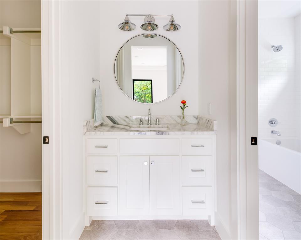 6442 Sondra  Drive, Dallas, Texas 75214 - acquisto real estate best plano real estate agent mike shepherd