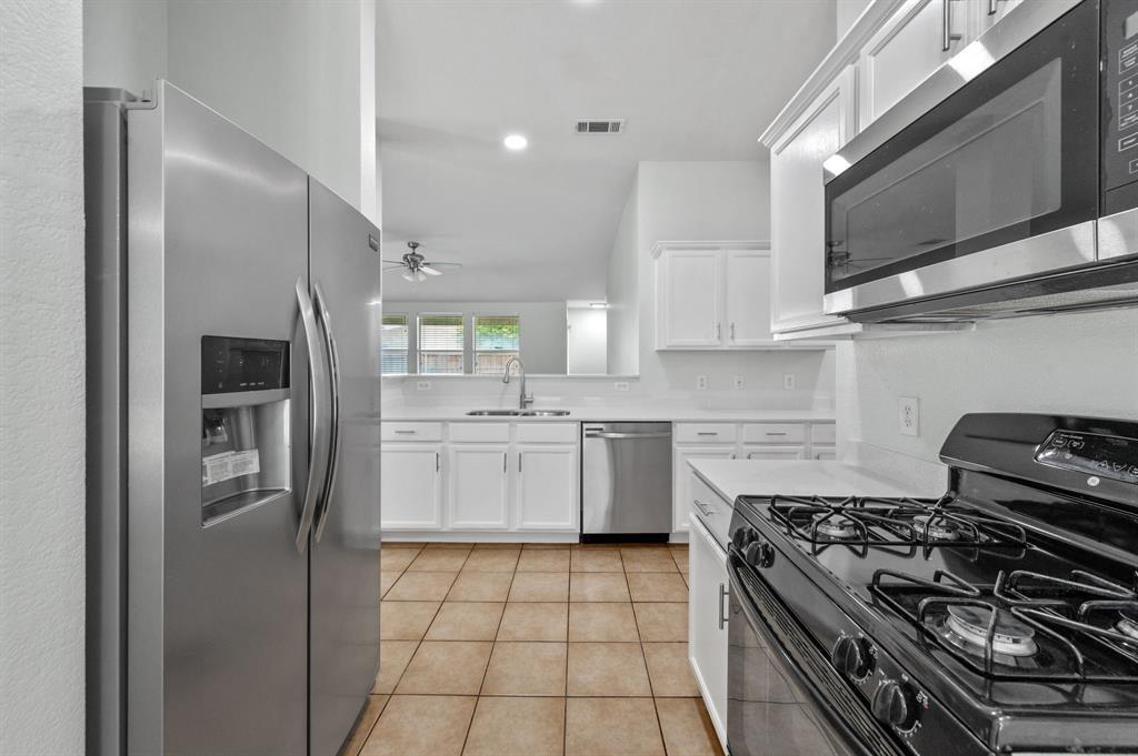 1420 Kittyhawk  Drive, Little Elm, Texas 75068 - acquisto real estate best highland park realtor amy gasperini fast real estate service