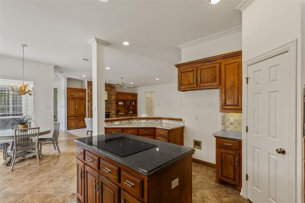 8308 Briar  Drive, Dallas, Texas 75243 - acquisto real estate best photos for luxury listings amy gasperini quick sale real estate