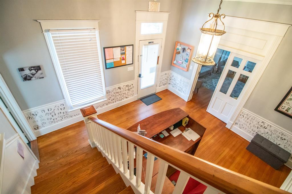 421 Bonner  Avenue, Tyler, Texas 75702 - acquisto real estate best frisco real estate agent amy gasperini panther creek realtor