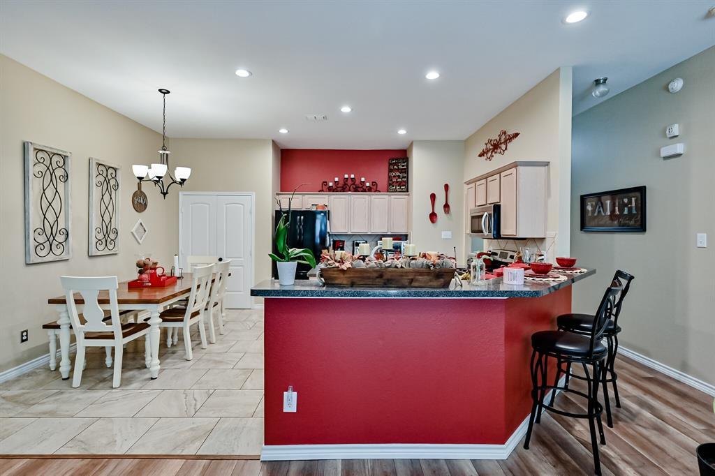 7002 Snowy Owl  Street, Arlington, Texas 76002 - acquisto real estate best frisco real estate agent amy gasperini panther creek realtor