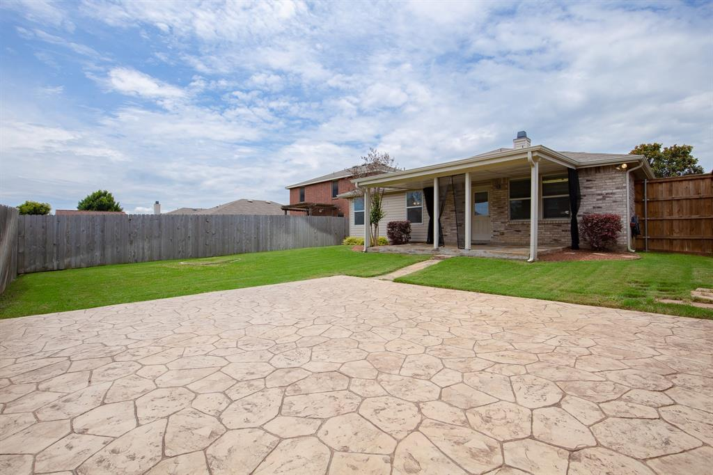 6117 St James  Place, Denton, Texas 76210 - acquisto real estate best designer and realtor hannah ewing kind realtor