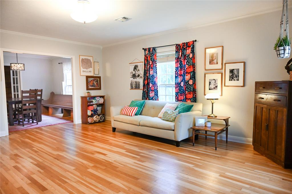 136 Umphress  Street, Van Alstyne, Texas 75495 - acquisto real estate best allen realtor kim miller hunters creek expert