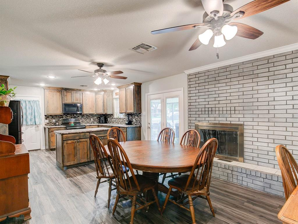 401 Wilson  Avenue, Whitney, Texas 76692 - acquisto real estate best celina realtor logan lawrence best dressed realtor