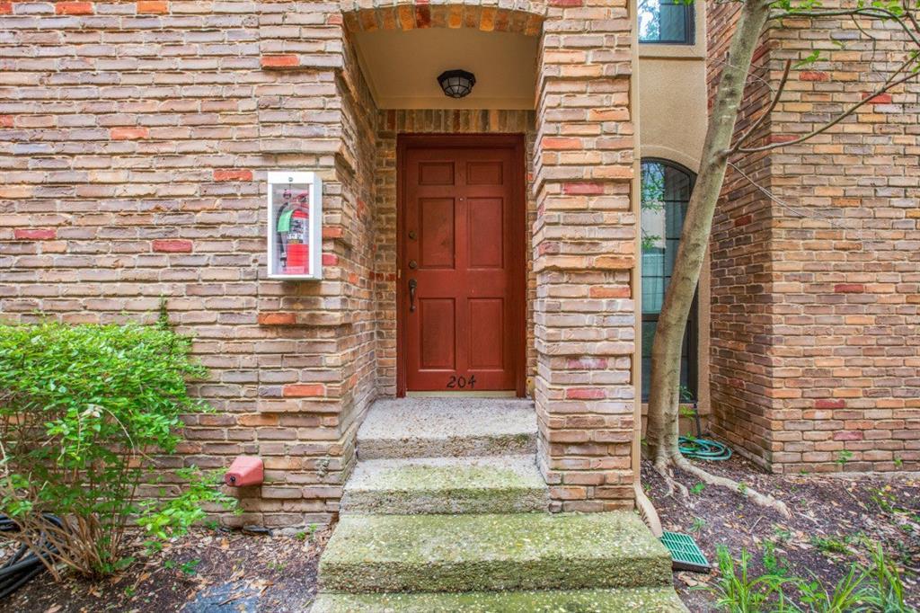 4307 Gilbert  Avenue, Dallas, Texas 75219 - acquisto real estate best allen realtor kim miller hunters creek expert