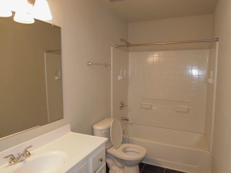 14417 Sunrose  Lane, Farmers Branch, Texas 75234 - acquisto real estate best new home sales realtor linda miller executor real estate